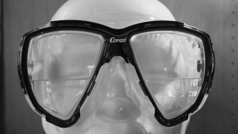 Come sono realizzate le maschere subacquee ottiche?
