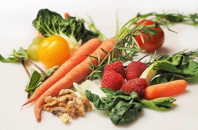"""Occhi ed alimentazione: gli alimenti """"salva-vista"""""""